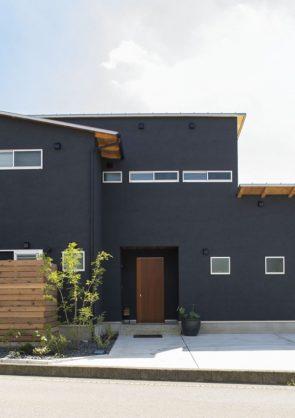 L字型の二世帯住宅